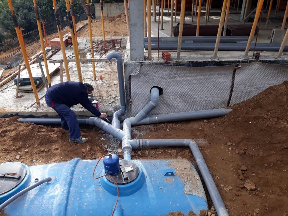 INSTALL - Instalación desagües pluviales con recogida al depósito